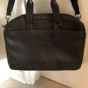 Like new authentic Coach Hudson leather bag